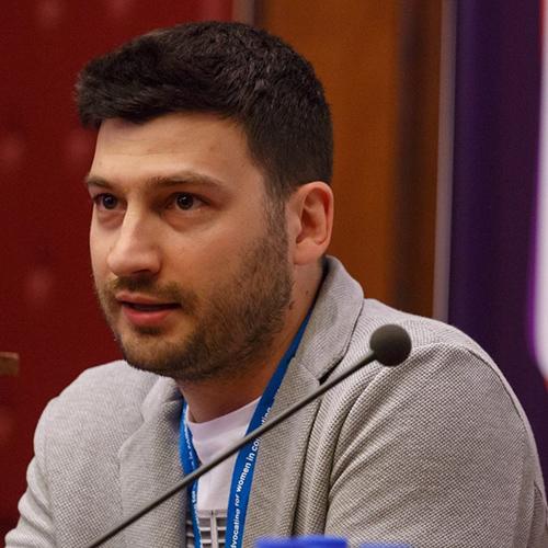 MOMIR ĐEKIĆ